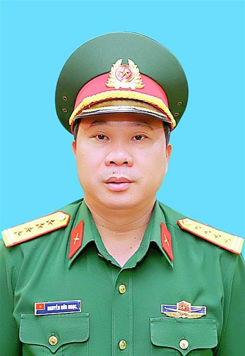 Tư Lệnh Binh đoan 12 đại Ta Nguyễn Hữu Ngọc
