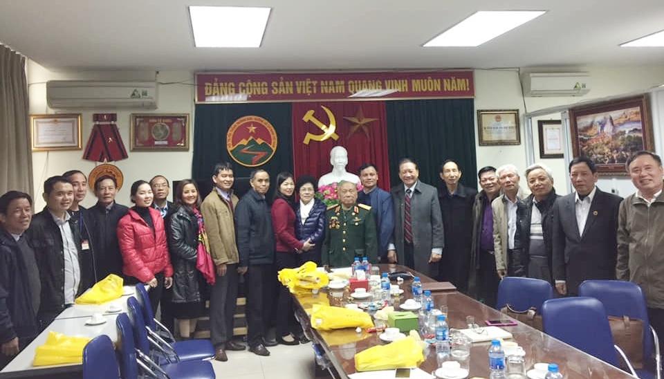 Lãnh đạo Hội Trường Sơn gặp mặt giao lưu với Lãnh đạo phường Thanh Xuân Nam