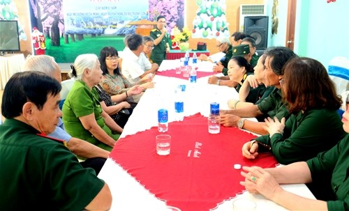 Hội Trường Sơn Thừa Thiên- Huế  gặp mặt Kỷ niệm.