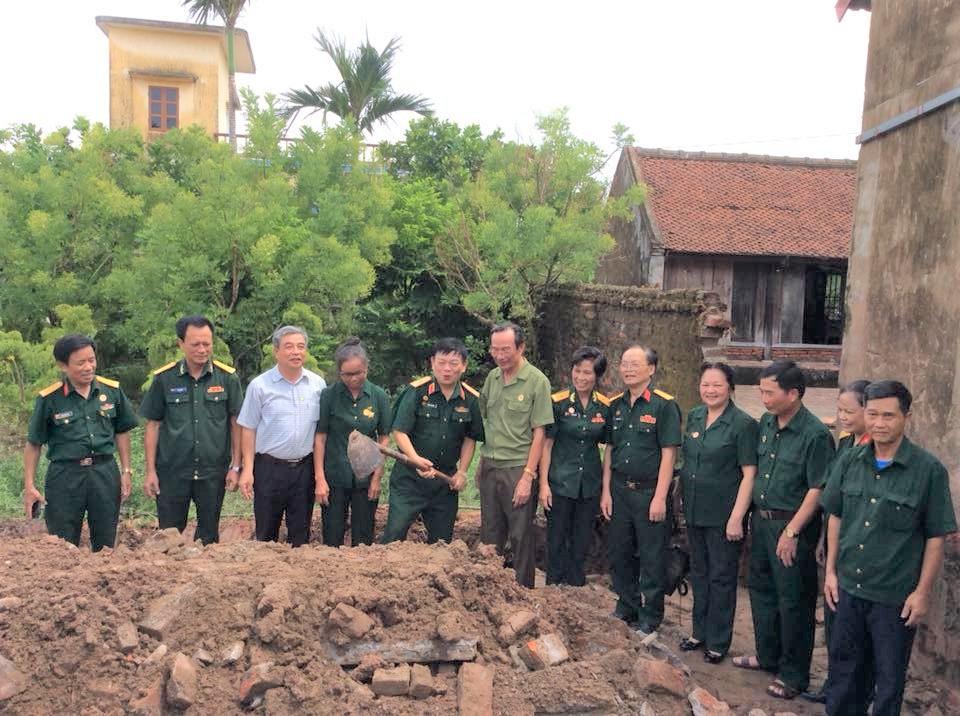 Lễ khởi công xây dựng nhà tình nghĩa