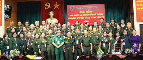 Đoàn đại biểu Ban giao vận Quảng Đà thăm T.Ư Hội Trường Sơn và công bố quyết định kết nạp tổ chức thành viên.