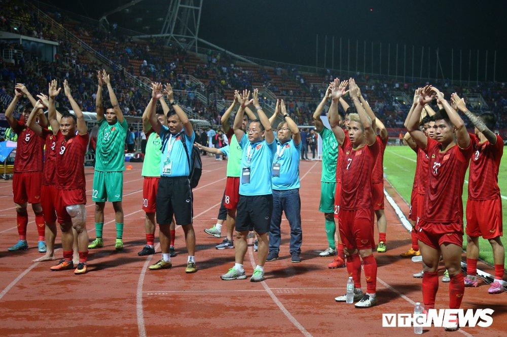 Tuyển Việt Nam triệu tập đội hình đấu vòng loại World Cup: Mạc Hồng Quân, Huy Toàn trở lại