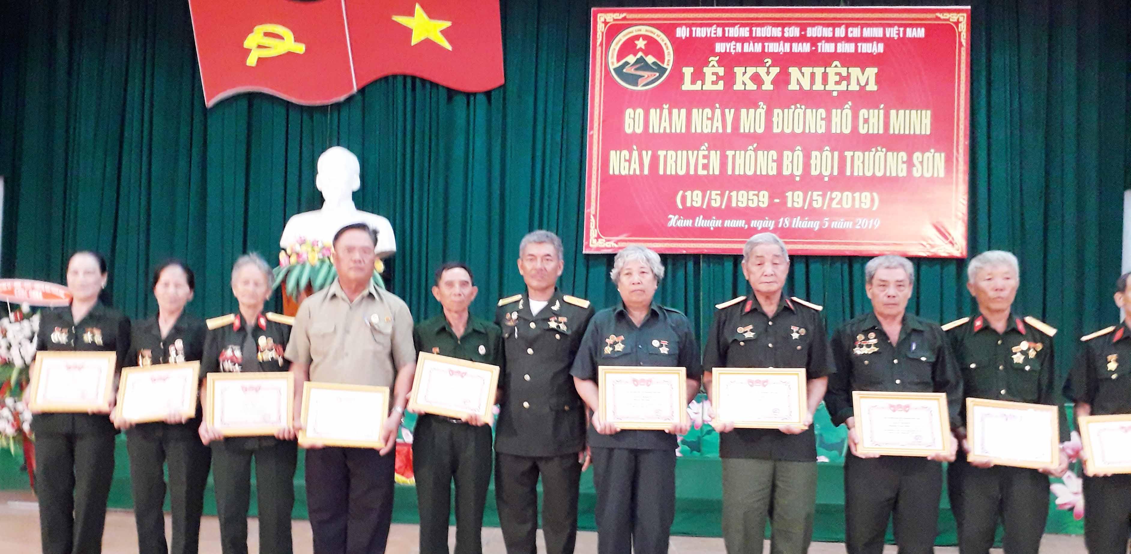 Hội TS Hàm Thuận Nam kỷ niệm 60 năm Trường Sơn