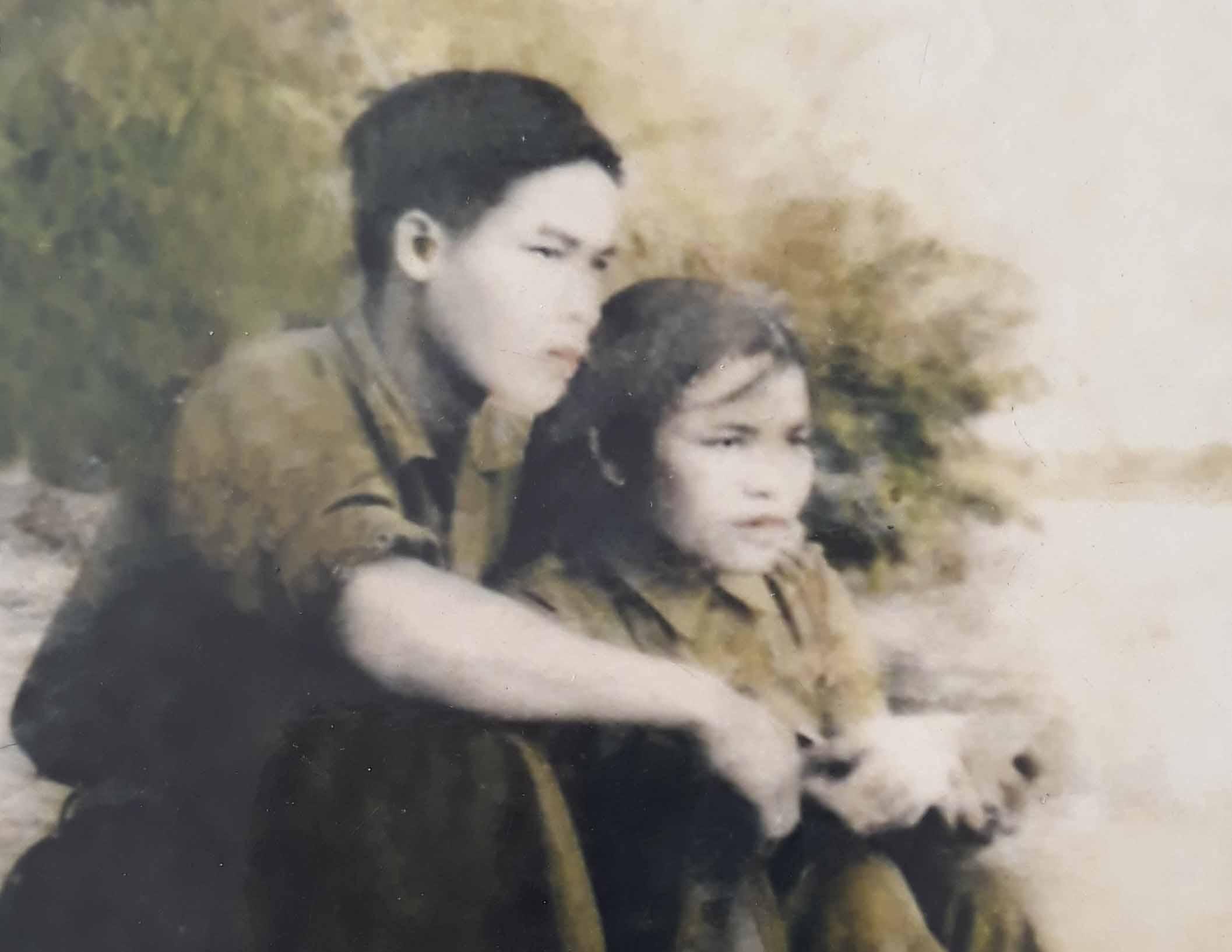 Chuyện tình mộc mạc của 2 người lính Trường Sơn