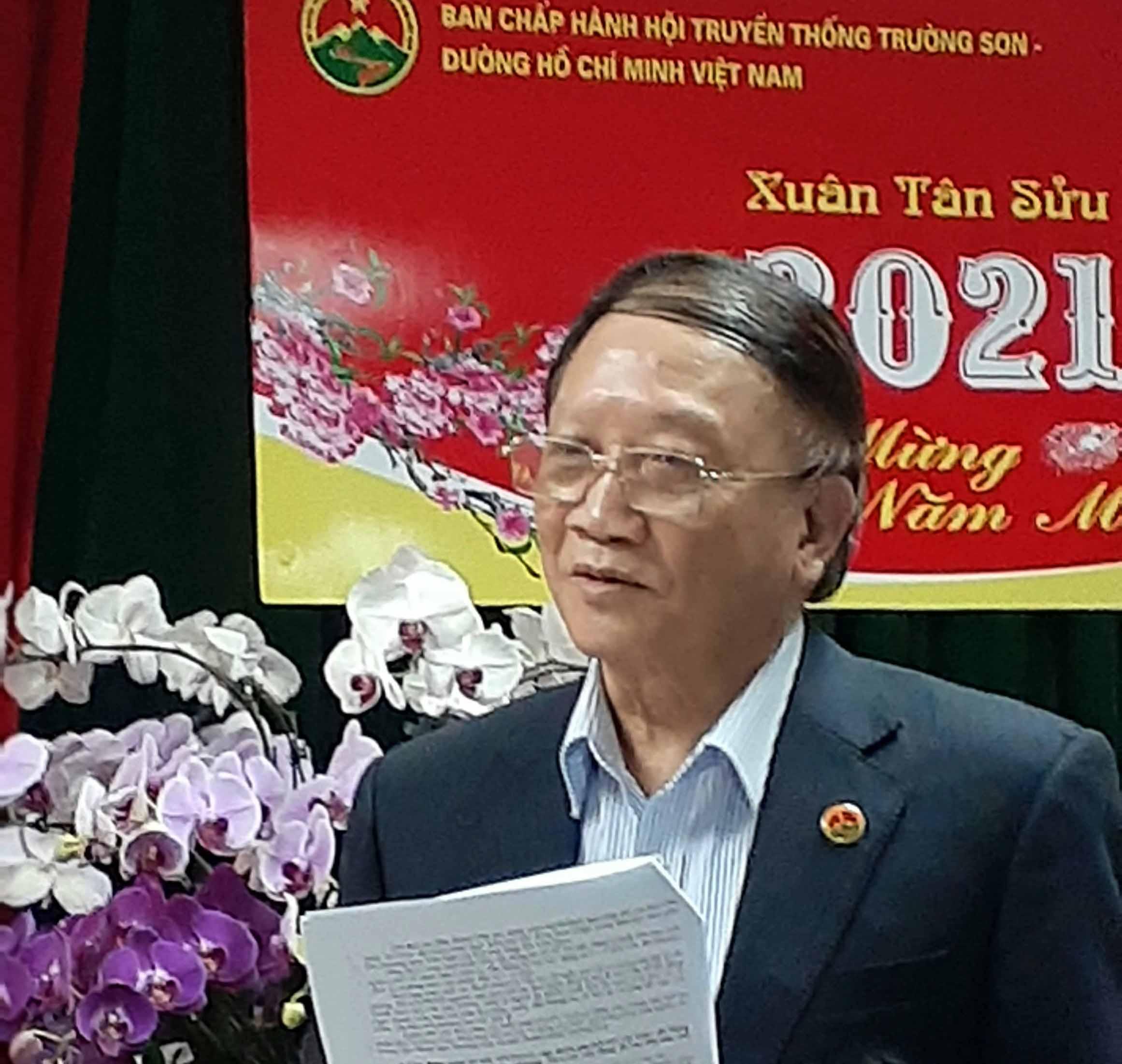 164 triệu đồng tặng Hội TSVN đầu xuân