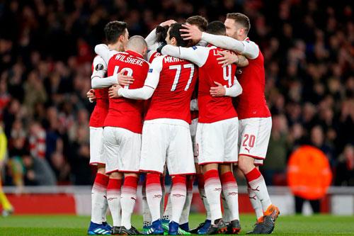 Arsenal đại thắng
