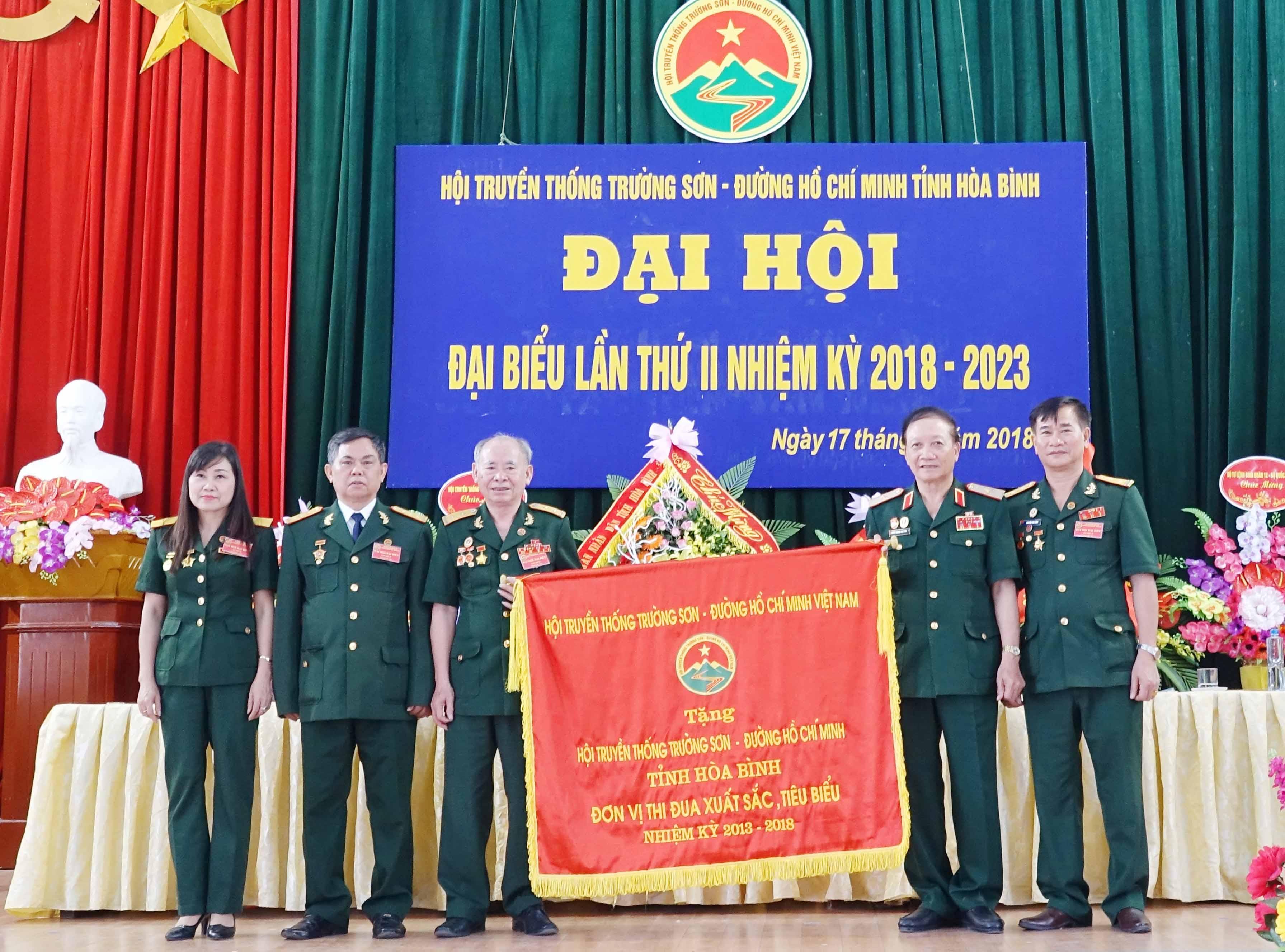 Đại hội nhiệm kỳ II Hội TS tỉnh Hòa Bình.
