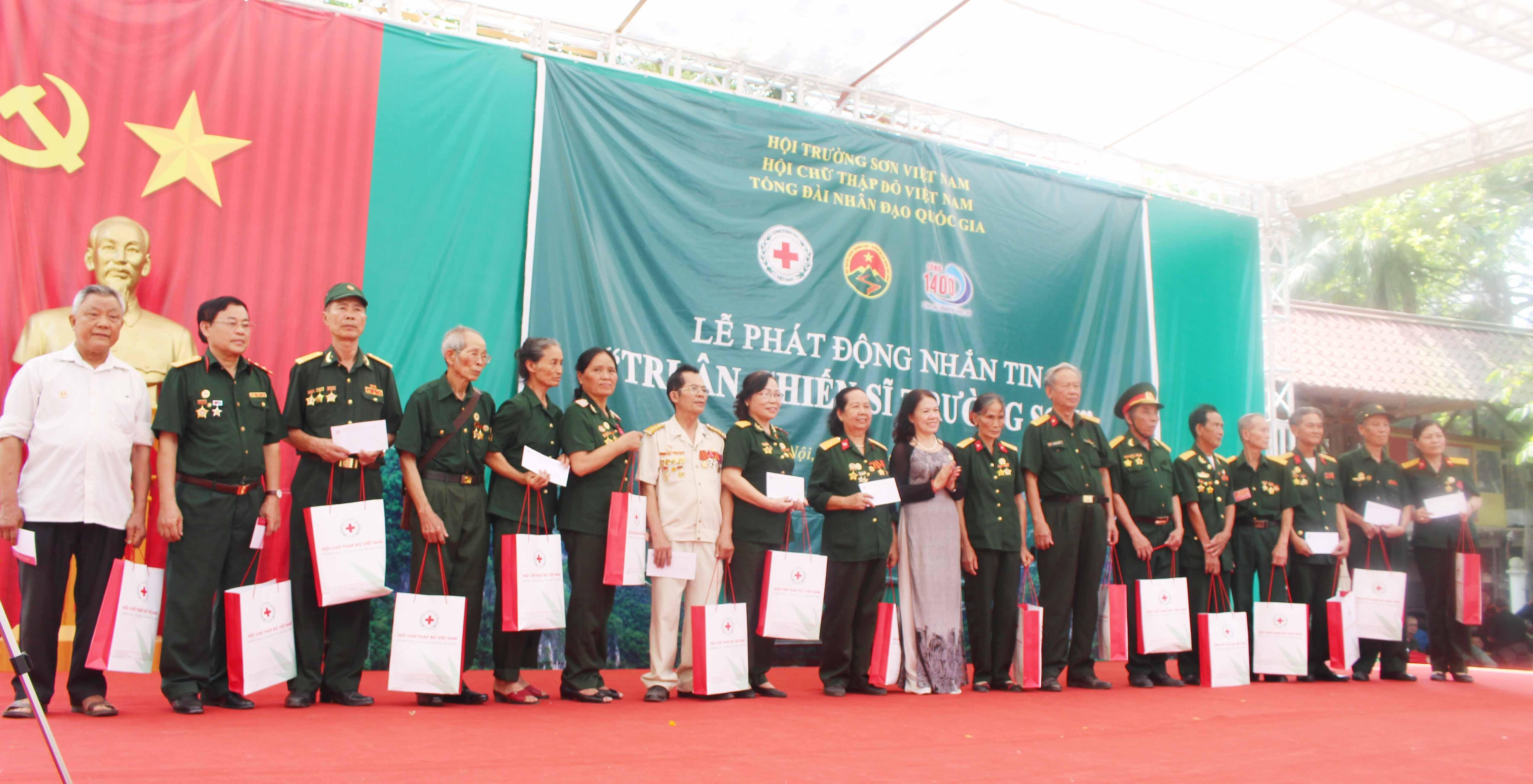 Lễ kỷ niệm 60 năm ngày mở đường Hồ Chí Minh- Ngày truyền thống Bộ đội Trường Sơn 19/5/1959 - 19/5/2019.