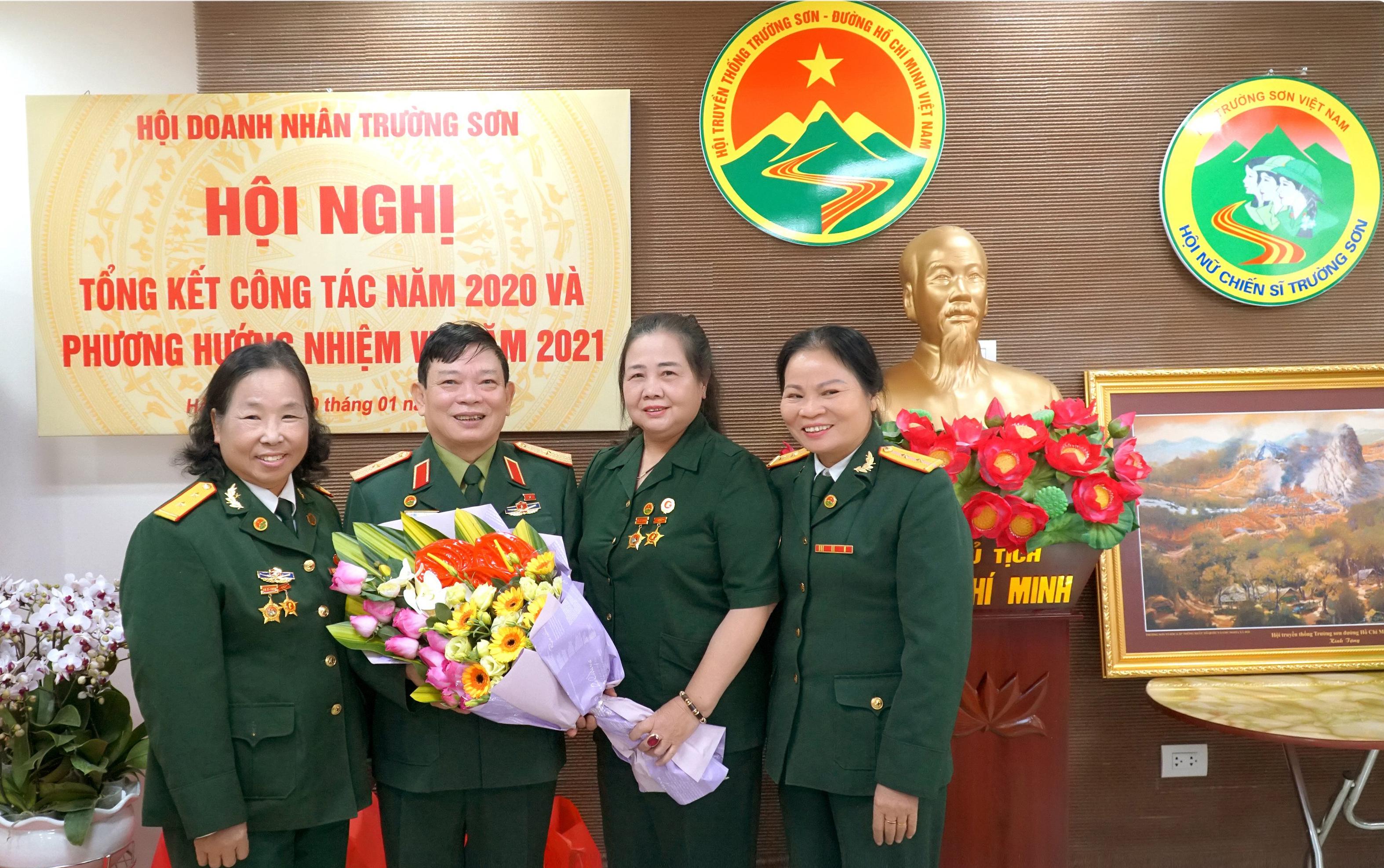 Nữ Chiến sỹ Trường Sơn Nguyễn Thị Thắm  nặng lòng với quê hương Quảng Trị
