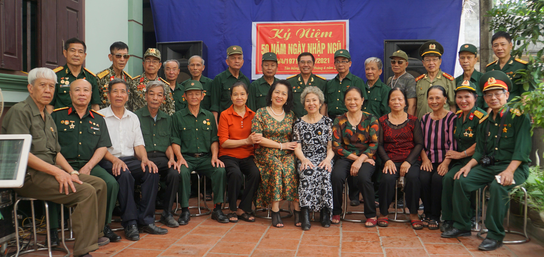 Đồng đội quê hương Gặp mặt kỷ niệm 50 năm nhập ngũ