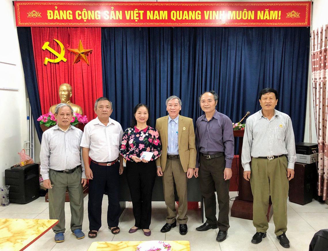 Hội Trường Sơn quận Hai Bà Trưng chung tay ủng hộ phòng chống đại dịch Covid-19