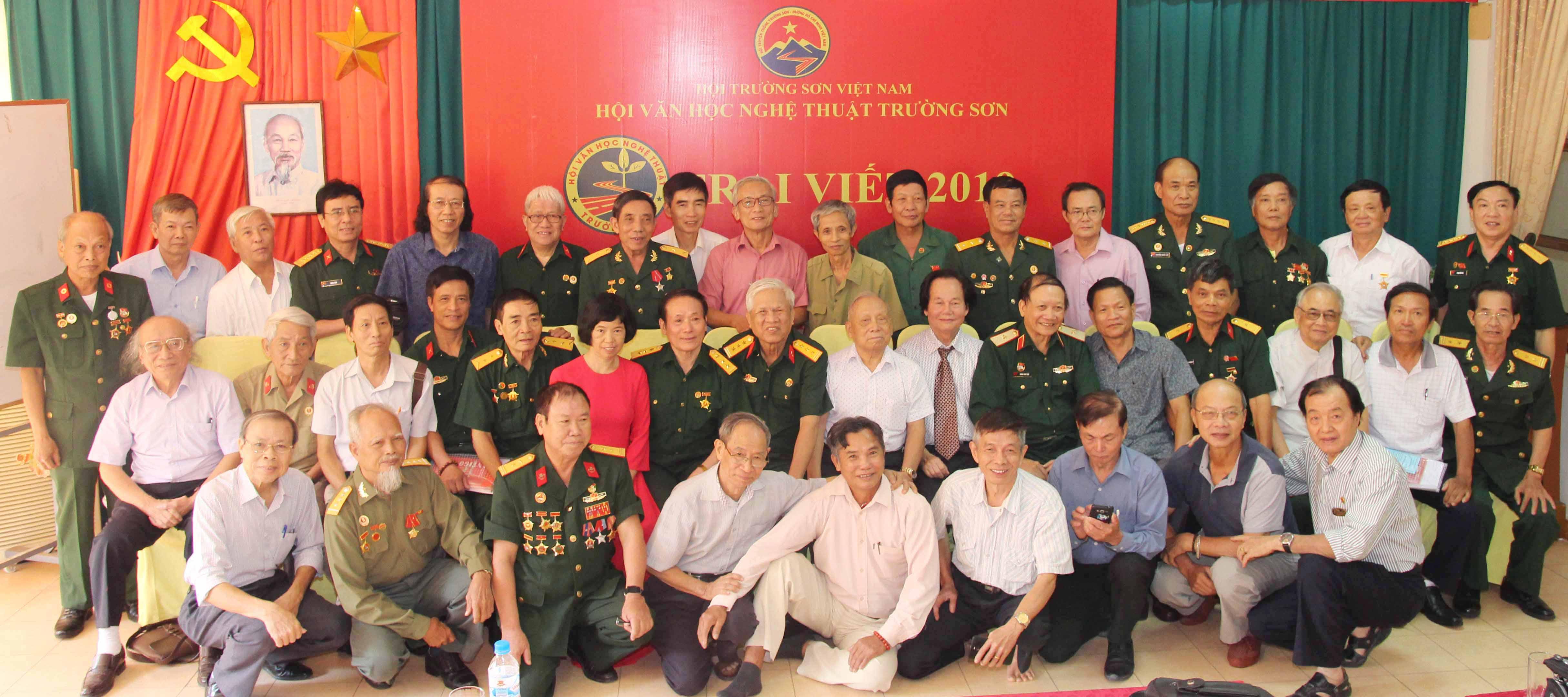 Trại viết Trường Sơn - Nguyễn Hữu Quý