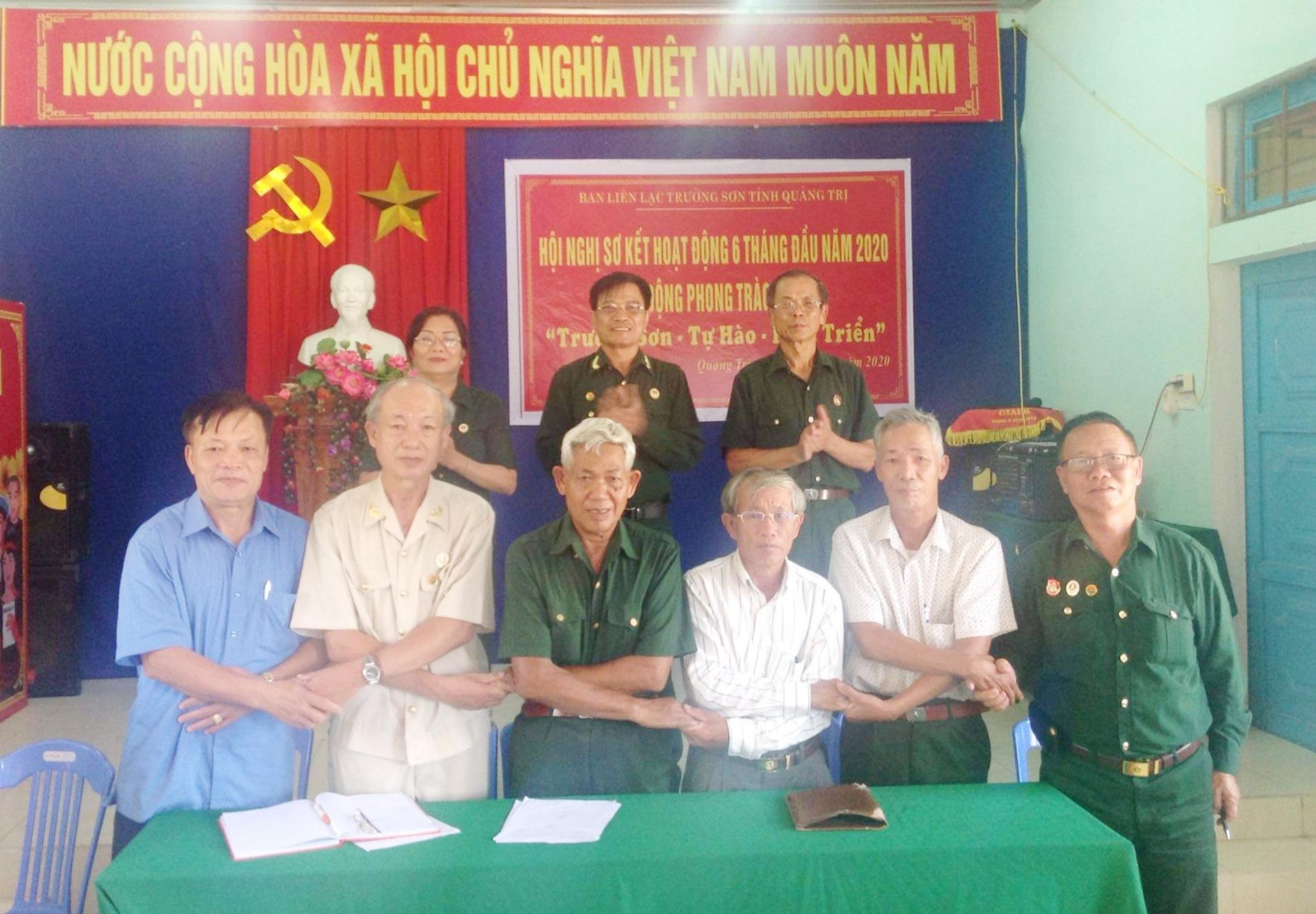 Các BLL thành viên thuộc tỉnh Quảng Trị ký kết giao ước thi đua